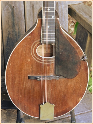 1923 Gibson A-2 Snakehed  Sweet
