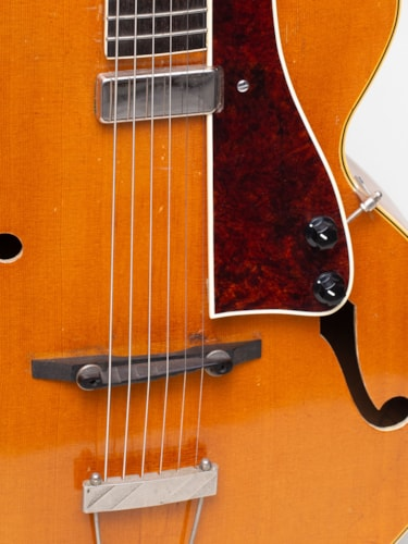1942 Gibson L-4