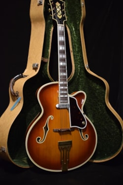 1948 Dick Knight archtop