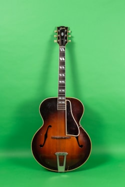 1948 Gibson L 7