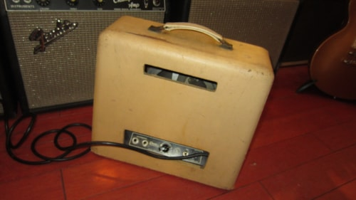 1950 Gibson BR-9 Amp Cream Leatherette