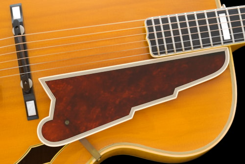 1951 D'Angelico New Yorker, a Big, Beautiful Blonde, see PROFESSIONAL PHOTOS