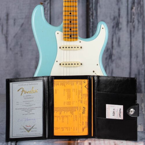 Fender Limited Edition 1958 Stratocaster, Faded Aged Daphne Blue