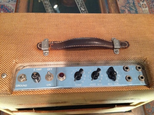 1959 Fender® Deluxe Amp 5E3 HOLD, Excellent
