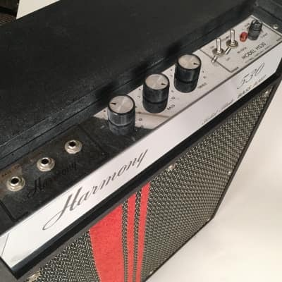 """1960's Harmony 530 Solid State Bass Amp with 1x15"""" Jensen Speaker"""