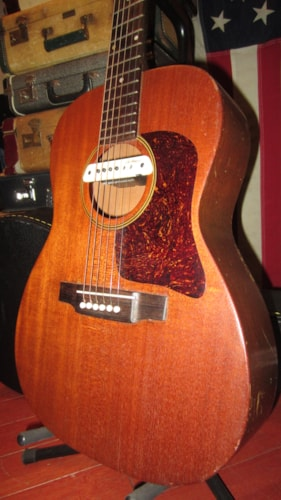 1961 Favilla Small Bodied Acoustic Electric Natural