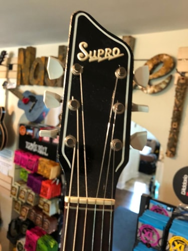 1961 Supro Bermuda Red, Excellent, Original Soft