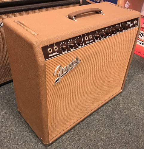 1962 Fender® Pro Amp 6G5-A Brown, Excellent