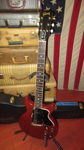 1962 Gibson Les Paul Special Cherry Red w/ Gibson Slash Hard Case