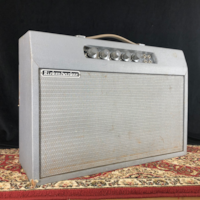 1964 Rickenbacker Model B14A Amp