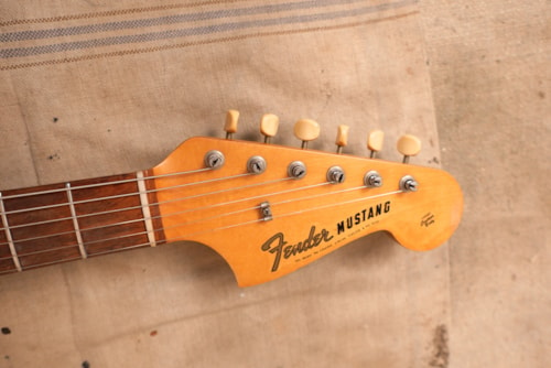 1965 Fender Mustang Red Sparkle