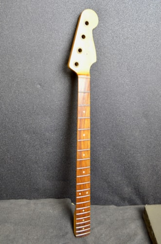 1966 Fender  Precision Bass-neck