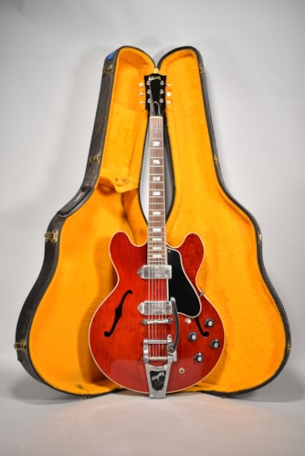 1967 Gibson ES-330 Cherry Red Finish Vintage Hollowbody Electric Guitar
