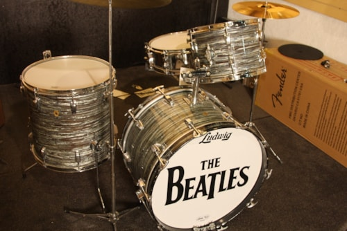 1968 Ludwig Beatle kit Oyster Blue Pearl, Very Good