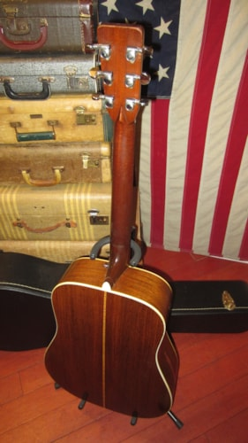 1972 Martin D-28 Natural Sounds Amazing with Hard Case