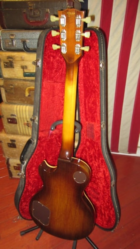 1975 Gibson Les Paul Deluxe Sunburst Clean and All Original with Original Case