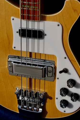 1979 Rickenbacker 4001 Mapleglo as new! All original with tags and hard case
