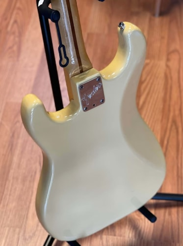 1983 Fender Smith Stratocaster yellowed Olympic white OHC CLEAN!