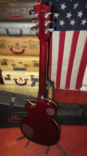 1983 Gibson Les Paul Standard Wine Red