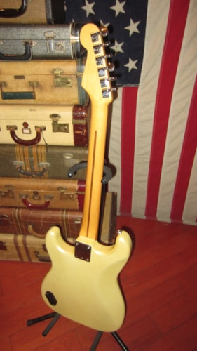 1985 Fender® Contemporary Stratocaster® Pearl White, Excellent, GigBag, $599.00