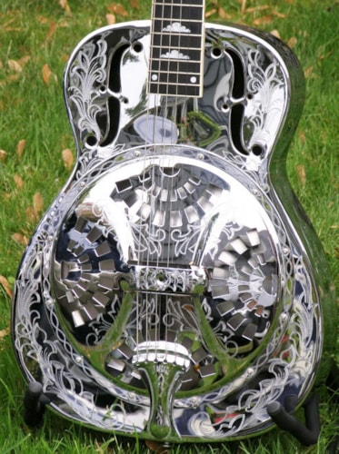 1988 Dobro (OMI) DM1000 Roundneck - 1000  Silver Shield model