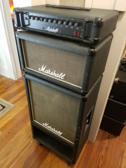 1989 Marshall Bass Amp Cabs