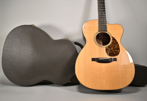 "1999 Bourgeois Luthier Series ""OMC"" Natural Finish Acoustic Guitar w/OHSC"