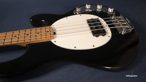 1999 Ernie Ball/Music Man StingRay
