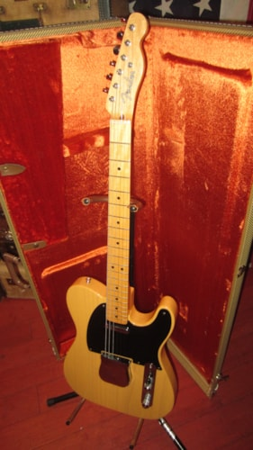 2000 Fender® '52 re-issue Telecaster® (1952 Reissue) Butterscotch Blonde, Excellent, Original Hard, $1,695.00