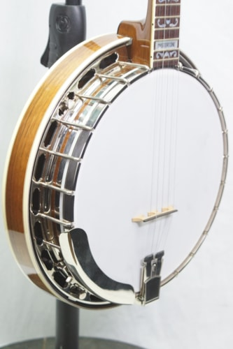 2000 Gibson RB4 5 string Banjo.  Includes Original Hardshell Case and Warranty.