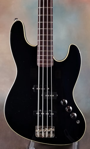 2002 Fender Aerodyne Jazz Bass Black/Black