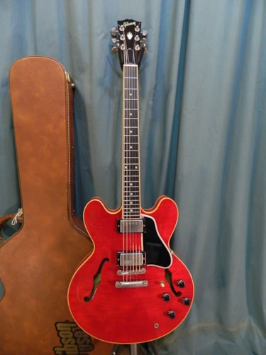 2002 Gibson ES-335 DOT Cherry Red