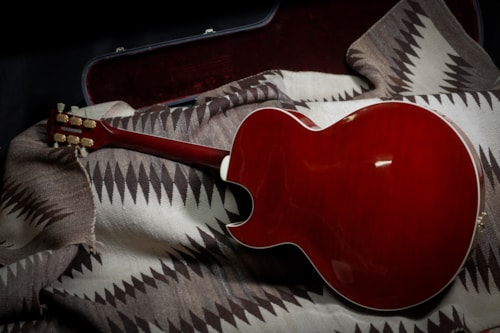 """2002 Gibson L4 CES """"Wine Red"""""""