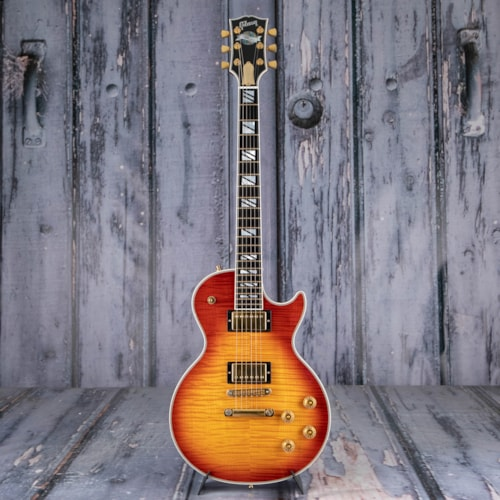 Used 2004 Gibson USA Les Paul Supreme, Cherry Sunburst
