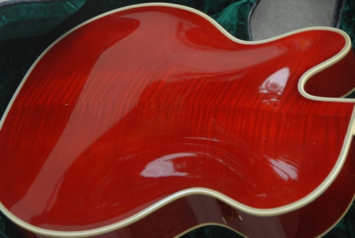 ~2004 Guild Bob Bennedetto Artist Award Cherry Red Excellent with case