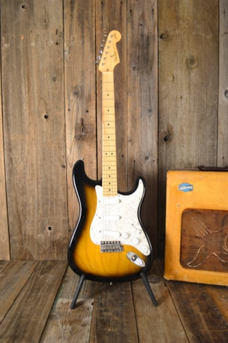 2005 Fender Stratocaster Buddy Guy Sunburst