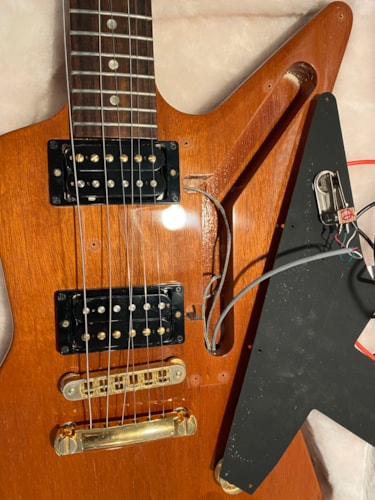 2007 Gibson Explorer Natural Mahogany