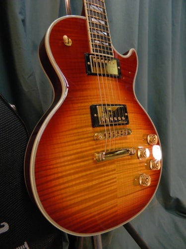 2007 Gibson Les Paul Supreme Heritage Cherry Sunburst