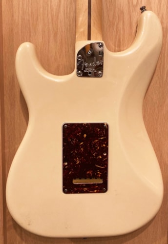 ~2010 Fender American Deluxe Stratocaster Olympic Pearl White
