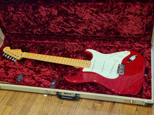 2012 Fender Custom Deluxe Stratocaster, Custom Shop, Candy Red, AAA Top