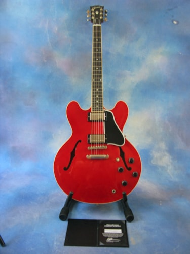 2012 Gibson ES-335 Memphis Custom Shop Cherry, Excellent, Original Hard, $2,495.00