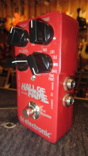 2012 TC Electronics Hall of Fame Reverb Red, Excellent, $129.00