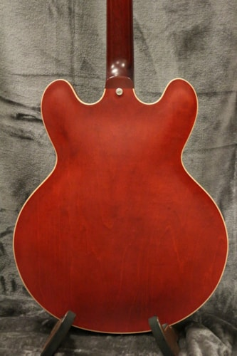 2013 Gibson ES-335 Cherry with the Original Hard Shell Case