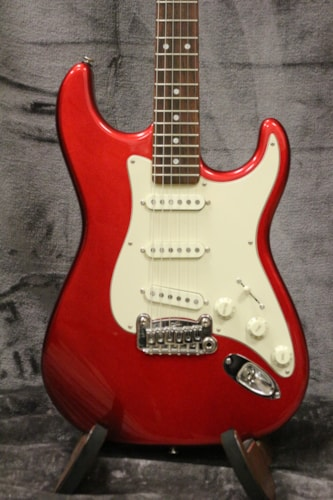 2014 G&L Legacy Red with Original Hard Shell Case