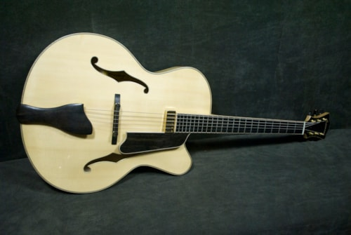 2015 EASTMAN 910ce #45320 NATURAL, Brand New, Original Hard, Call For Price!