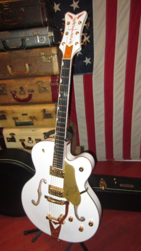 2017 Gretsch White Falcon Players Edition G6136T  White