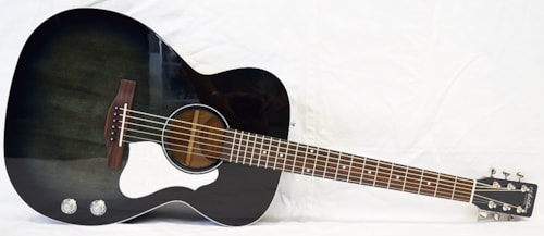 2019 Art and Lutherie Legacy HG/Q-Discreet