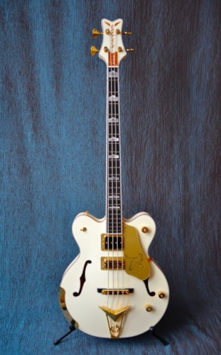 2019 Gretsch White Falcon Bass, G6136B-TP-AWT, White