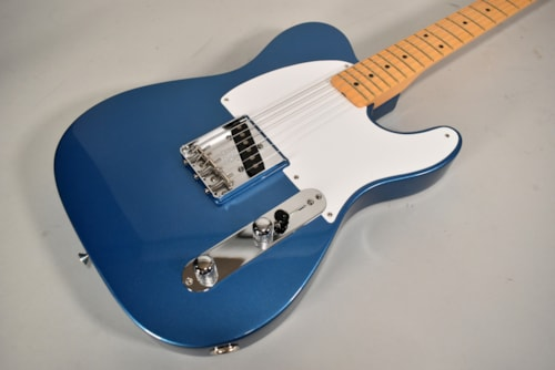 2020 Fender 70th Anniversary Esquire Lake Placid Blue Electric Guitar w/OHSC