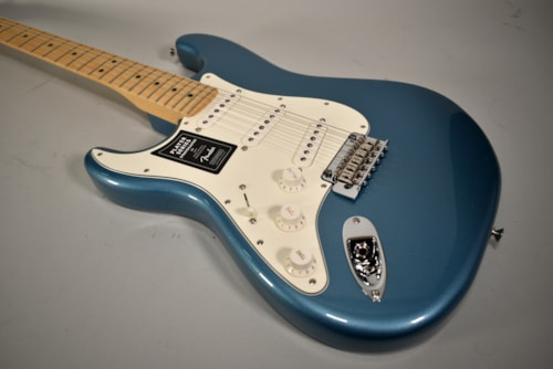 2020 Fender Player Stratocaster Lefty Tidepool Blue Finish Electric Guitar